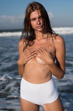 Sport Illustrated Swimsuit Models Rachel Hunter 21 Ideas For 2019 Swimsuit Heaven, Si Swimsuit, One Piece Swimsuit, Sport Photography, Fashion Photography, Bikinis, Swimsuits, Swimwear, Rachel Hunter