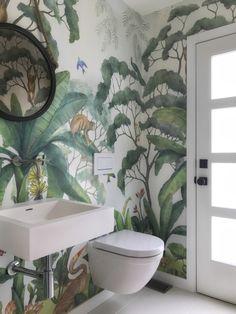 Jungle Wallpaper Mural Bathroom (Wallpaper Lulu and Georgia) Jungle Bathroom, Bathroom Mural, Bathroom Ideas, Bathroom Vanities, Bathroom Jungle Wallpaper, Wallpaper Toilet, Bathroom Renovations, Mosaic Bathroom, Wall Paper Bathroom