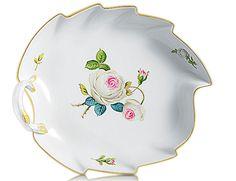 "Candy dish, Shape ""Neuer Ausschnitt"", White rose with purple centre, gold rim, L 22 cm"