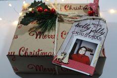 Christmas gift!  E' tempo di regali, personalizza ed impreziosisci i tuoi pacchetti con gli istanti più belli.  Special thanks to Zodio Italia & Daniela C.