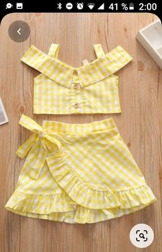 Baby Girl Frocks, Frocks For Girls, Little Girl Outfits, Kids Outfits Girls, Toddler Girl Dresses, Little Girl Summer Dresses, Cute Baby Dresses, Girls Dresses Sewing, Baby Girl Dress Design