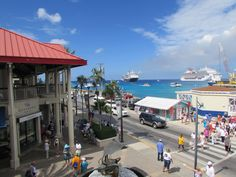 Grand Cayman has become a favorite port of many cruisers including myself.  This small island in the Western Caribbean offers everything from world class shopping to the one of a kind Stingray City. There can be as many as 16,000 cruise passengers a day in Grand Cayman.  The only drawback to the p…