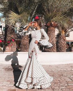 spanish style homes for sale in texas Mexican Costume, Mexican Outfit, Mexican Traditional Clothing, Traditional Outfits, African Fashion Dresses, Fashion Outfits, Spanish Style Weddings, Spanish Dress, Eid Dresses