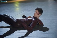 """#TheFlash 1x09 """"The Man in the Yellow Suit"""" - Barry/The Flash"""