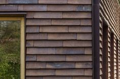 Wooden Wall Cladding, Wood Cladding Exterior, Exterior Wall Materials, Cladding Materials, Villa Design, House Design, External Cladding, Loft House, Clay Tiles