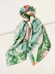 Leaf Pattern Scrunchie Scarf | SHEIN South Africa Scrunchies, Fashion News, Boho Fashion, Wedding Gift Bags, Summer Bags, Scarf Hairstyles, Hair Ties, Flower Patterns, Free Gifts