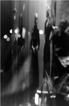 leiter black personals Els anys anteriors leiter havia estat un estudiant modèlic, tant en els seus estudis reglats com per les seves inquietuds personals als 12 anys ja llegia turgenev, proust i dostoievski la part religiosa de la seva educació, obligat pel seu pare, no el satisfeia en absolut, en canvi, li encantaven els llibre d'art que trobava a la.