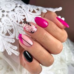 #semilacnails #like4like #rubycharmcolors #hybrydowelove #summernails  #pinknails #nailsart #fashionnails #semilac #nailart #nails2k20 #follow4follow #like4like Chic Nail Art, Classy Nail Art, Chic Nails, Nail Art Diy, Floral Nail Art, Pink Nail Art, Pink Nails, Cute Simple Nails, Nail Art For Beginners