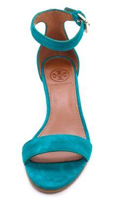 Suede wedge sandals #ToryBurch http://rstyle.me/n/kk2ahnyg6