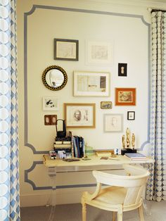 PUERTA AL SUR: Emily Mughannam, Decoradora de interiores...