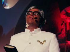 "Canal Electro Rock News: Weezer divulga videoclipe de ""Thank God for Girls"""