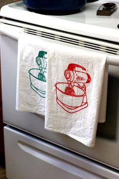Kitsch Kitchen Retro Vintage Standmixer Tea-towel Orange and Turquoise Set of Two Mid Century Modern. $22.00, via Etsy.