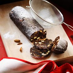 This chocolate roll recipes is quick & easy to make - and not to mention super cheap too! If you love biscuits and a cuppa, you'll find this irresistable...