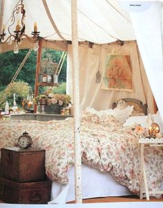 I want a tent like this, and no bugs, perfect weather with a nice cool breeze, fresh breakfast in bed the next morning!