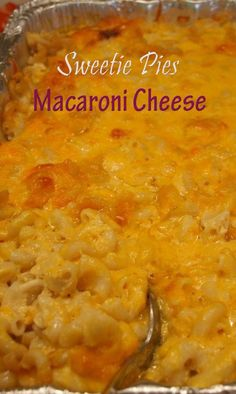 Sweetie Pie's Mac & Cheese~ I grew up on baked mac and cheese. No boxed Mac and cheese for me Sweetie Pies Recipes, Pie Recipes, Great Recipes, Cooking Recipes, Favorite Recipes, Vegetarian Cooking, Sweetie Pie Mac And Cheese Recipe, Italian Cooking, Easy Cooking