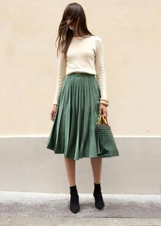 Green Pleated Midi Skirt – The Frankie Shop