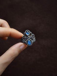 Macrame Bracelet Patterns, Macrame Rings, Macrame Bracelet Tutorial, Macrame Art, Macrame Design, Macrame Necklace, Macrame Jewelry, Macrame Bracelets, Wire Jewelry