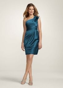 I'm pretty sure this is the exact bridesmaids dress I got for @Mackenzie Molzhon Froebe's wedding but in Malibu.