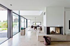 Danskere elsker store vinduer. De giver lys og varme i huset, men de giver også udfordringer.