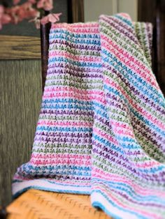 Crochet Baby Afghans to Treasure – 19 free patterns – Grandmother's Pattern Book