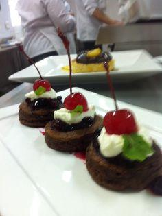 Hot Cakes com geléia de frutas vermelhas