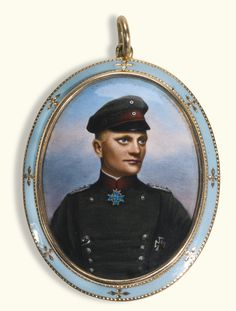 A gold and enamel pendant with the portraitof Baron Manfred von Richthofen, German School, dated 1917 -- Sotheby's