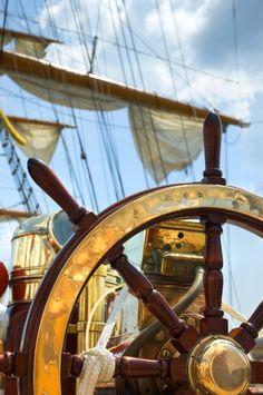 Фотообои «Штурвал корабля» на заказ под нужный размер, материал и ...