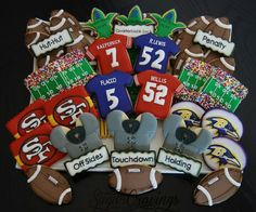 .super bowl football cookies Sugar Cookie Frosting, Sugar Cookies, Football Cookies, Cookie Recipes, Cookie Ideas, Cut Out Cookies, Royal Icing, Cookie Decorating, Super Bowl
