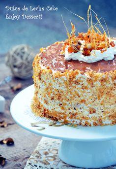 Tort cu dulce de leche si krantz Krantz Cake, Romanian Desserts, Cake Decorating Piping, Homemade Cakes, Something Sweet, Beautiful Cakes, Yummy Cakes, No Bake Cake, Vanilla Cake