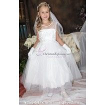 Girls First Communion Dresses, First Communion Veils, Holy Communion Dresses, Cute Girl Dresses, Flower Girl Dresses, Communion Hairstyles, Sequin Appliques, Dresses For Sale, Tulle