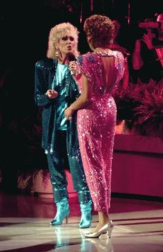 Dusty Springfield and Anne Murray (from behind). Nice shot / ref pic of Annie's costume if one wants to draw it or cosplay her Call Dusty, Dusty Springfield, Jones Family, Reba Mcentire, Some Like It Hot, Royal Albert Hall, My Forever, Rolling Stones, The Beatles
