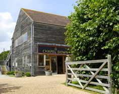 chapel down wines - the Flint Dry is a lovely wine to drink, light fruity very very drinkable! Chapel Down, Wine Punch, English Wine, Champagne Region, Old Commercials, Local Attractions, English Countryside, East Sussex, Wine Tasting
