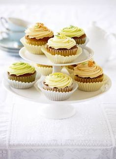 Lemon diva cupcakes by Julie Goodwin, Australia's first Masterchef winner. Diva Cupcakes, Lemon Cupcakes, Lemon Recipes, Baking Recipes, Sweet Recipes, Cupcake Recipes, Dessert Recipes, Cupcake Day, Masterchef Australia