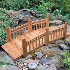150711603_improvements-wooden-lattice-garden-bridge-at-hsncom.jpg (300×300)