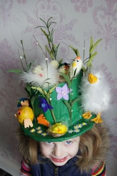 Easter bonnets you can make in less than 10 minutes Juliana's Easter Bonnet - Easter Bonnets - Netmums Crazy Hat Day, Crazy Hats, Easter Projects, Easter Crafts, Bunny Crafts, Easter Decor, Easter Ideas, Easter Bunny, Easter Bonnets