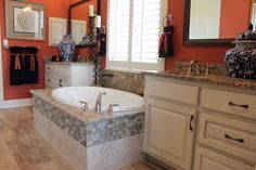 Bathroom 013 - Burrows Cabinets - central Texas builder-direct custom cabinets