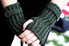 Fingerless Gloves Ribbed Wrislets Crochet PDF Pattern