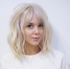 Baby blonde lob with bangs by Tim Morrison haar pony Blonde Lob With Bangs, Short Hair With Bangs, Haircuts With Bangs, Short Hair Cuts For Women, Blonde Bob With Fringe, Short Haircuts, Lob Bangs, Trendy Haircuts, Medium Length Hair Cuts With Bangs