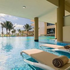 Check out Generations Resorts Rivera Maya Oceanfront Swimup Jacuzzi Suite.