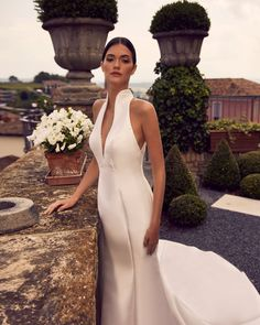 A modern concept of bride meet the endless elegance of mikado. To make your dream forever 😍 . Wedding Dress Trends, Bridal Boutique, Bridal Style, Bridal Dresses, Wedding Day, Elegant, Formal Dresses, Wholesale Products, International Trade