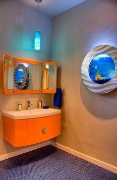 Cute porthole-looking aquarium.  Fits perfectly in the bathroom.