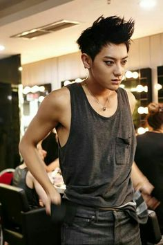 """140823 EXO (tao) @ """"The Lost Planet"""" Concert in Singapore bts"""