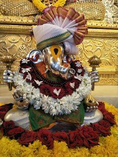 Clay Ganesha, Ganesha Painting, Lord Shiva Painting, Ganesh Chaturthi Decoration, Ganesh Chaturthi Images, Shri Ganesh Images, Ganesha Pictures, Ganesh Lord, Jai Ganesh