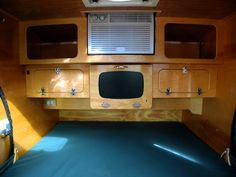34 Stunning Tiny Camper Interiors , If you've got an RV it is surely an extremely pleasant thing when you will travel to devote your vacation outside. Because an RV has whatever you want. Teardrop Trailer Interior, Teardrop Trailer Plans, Teardrop Camping, Teardrop Camper Trailer, Tiny Camper, Camper Caravan, Camper Trailers, Camper Life, Rv Campers