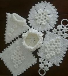 Crochet Baby Booties, Prom Dresses Blue, Hair Pins, Origami, Diy And Crafts, Beads, Knitting, Anne, Beach House