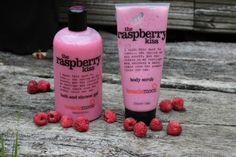 Thanks to Lucie Loves It for this super-duper shot of treaclemoon the raspberry kiss bath and shower gel and treaclemoon the raspberry kiss body scrub available at Tesco & Waitrose!