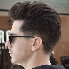 Men's Pompadour Taper For Thick Hair
