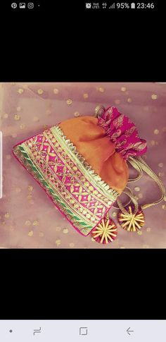 Bridal accessories bags wedding dresses 59 Ideas for 2019 Wedding Favours Luxury, Indian Wedding Favors, Wedding Gifts, Wedding Ideas, Bridal Accessories, Bag Accessories, Diwali Craft, Potli Bags, Diy Wallet