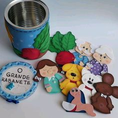 História Enlatada O Grande Rabanete Kids Crafts, Toy Storage, Gingerbread Cookies, Professor, Teddy Bear, Toys, School, Grande, Kids Bible Activities