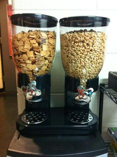 cool cereal dispenser! In my dorm (: